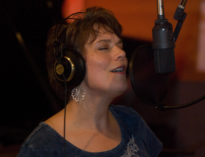 jill hatter in studio